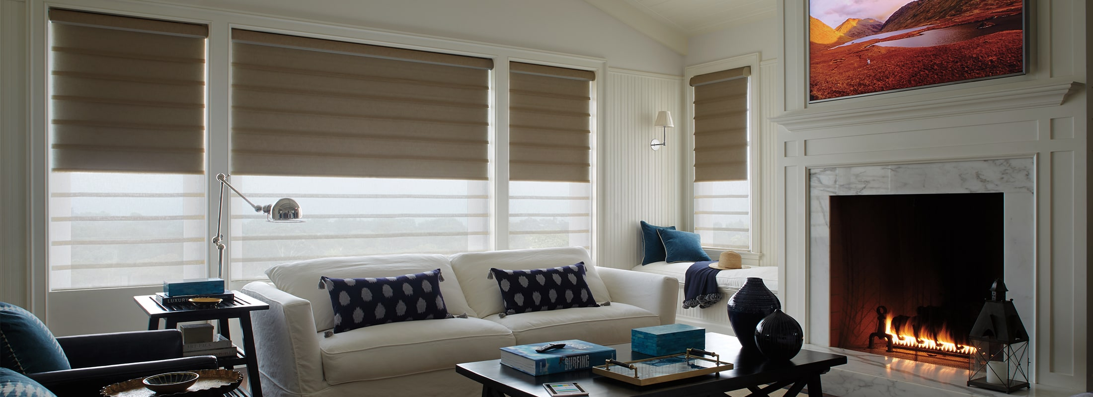 modern-roman-shades-vignette-in-leela-escape